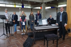 Combo-Sparkling-singers-in-der-Kirche